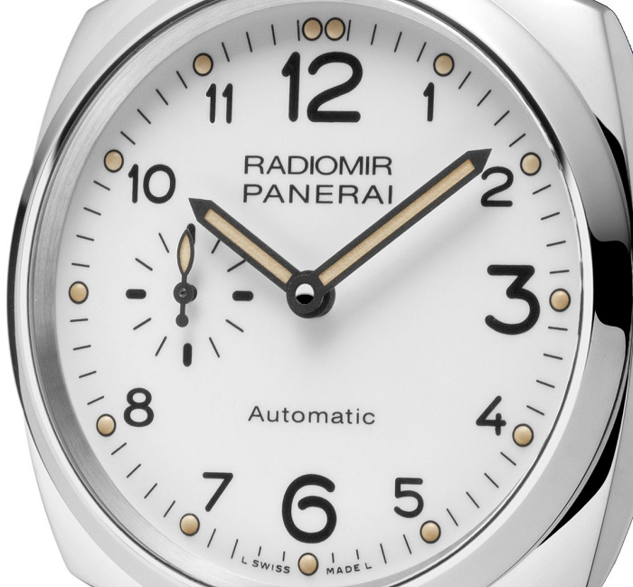 Officine Panerai Radiomir 1940 3 Days Automatic PAM00655 dial