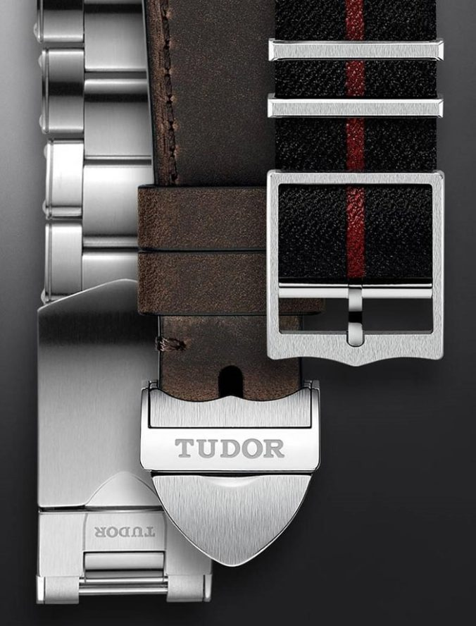 Tudor Black Bay GMT 79830RB straps2-min